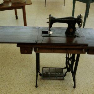 Cómo elegir un mueble para máquina de coser