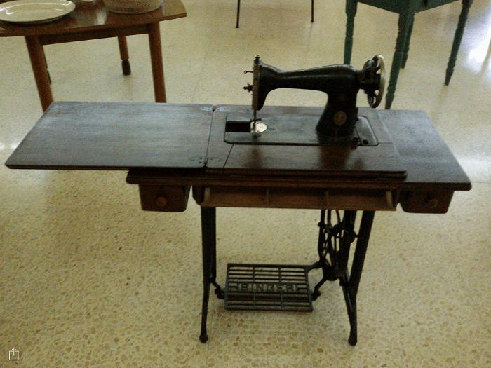 Cómo Elegir Un Mueble Para Máquina De Coser Maquinas De Coser Ladys