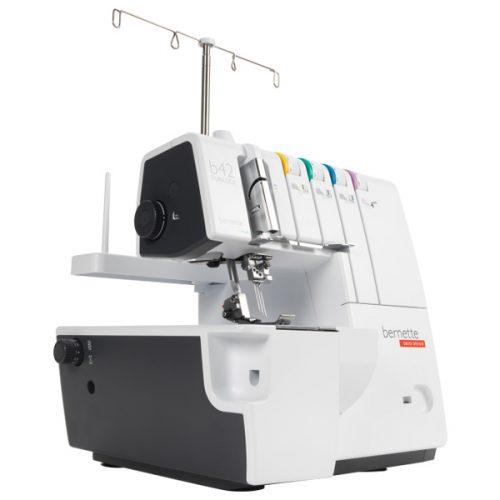 Máquina de coser Bernette Funlock 42
