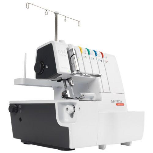 Máquina de coser Bernette Funlock 44