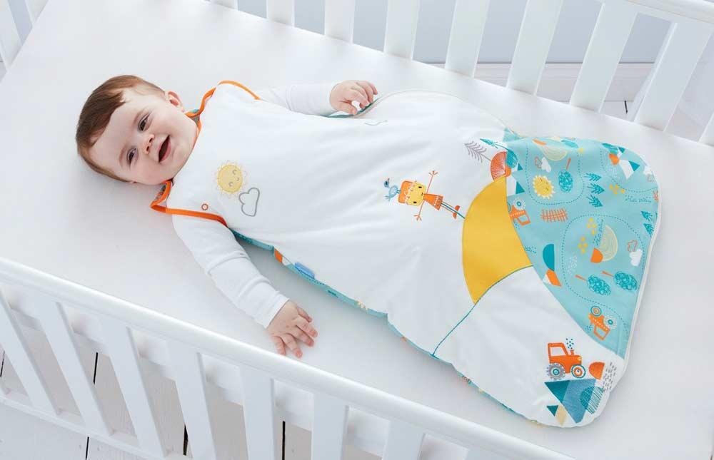 Crea tu propio saco de dormir para bebé con tu máquina de coser